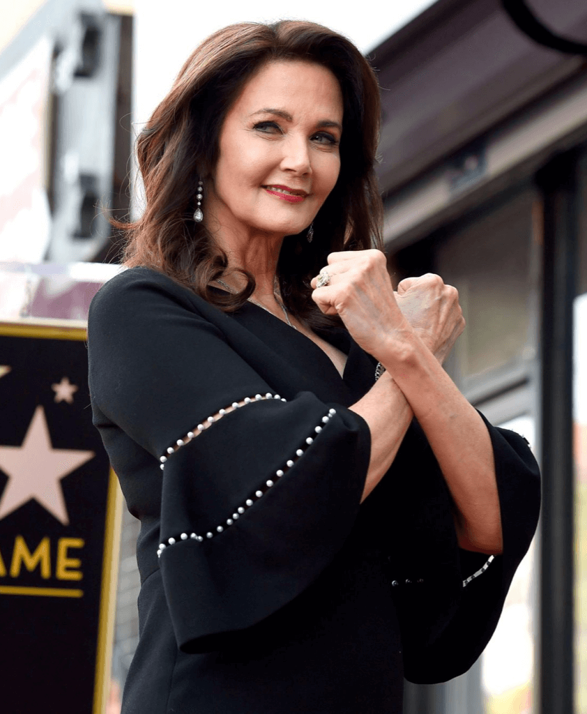 Lynda Carter at the Hollywood Walk of Fame